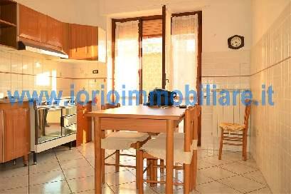 av832b-Appartamento-SANTA-MARIA-CAPUA-VETERE-Via-Vittorio-Emanuele-II