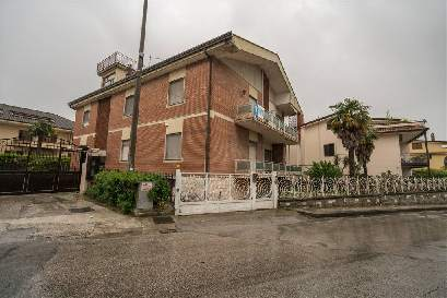 Cerco Casa