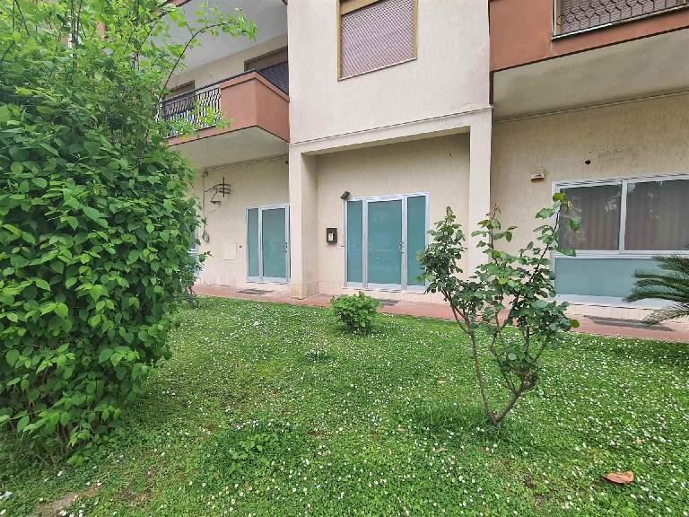 UV123B-Ufficio-SANTA-MARIA-CAPUA-VETERE-Via-Togliatti
